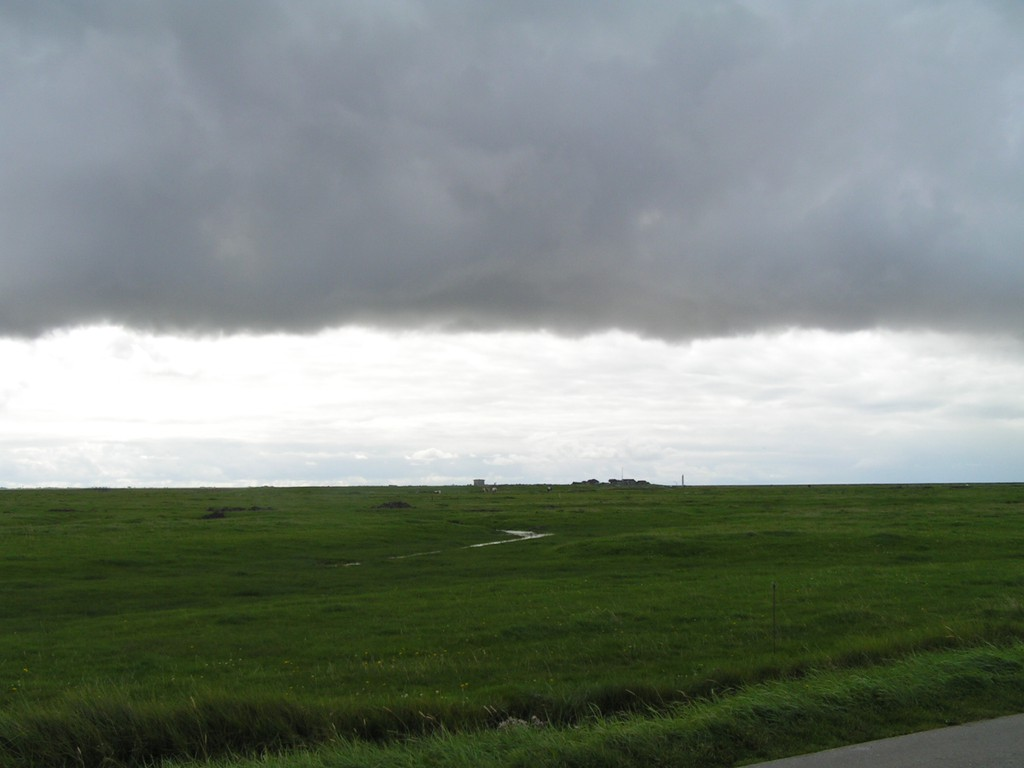 Foto_Natur_Wolkenfront_auf_Hallig.jpg
